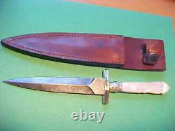 New Custom Dagger Knife Damascus Blade Carved Genuine Mother of Pearl Handle
